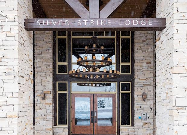 SilverStrike 1 Bed