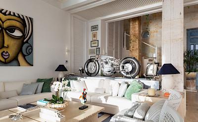 Living Room Mg