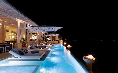 C Pool Night Mg