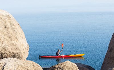 Kayaking on Lake Malawi. ©TO