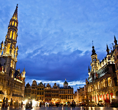 Grand Place, Brussels, Belgium. Photo via Flickr:Hernan Pinera