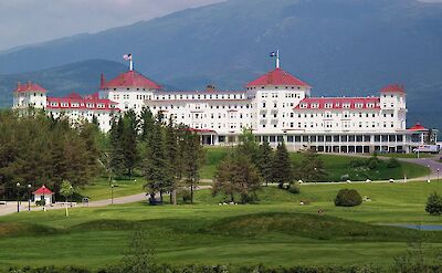 Mount Washington Hotel, a member of the Historic Hotels of America, in Bretton Woods, NH. CC:rickpilot_2000