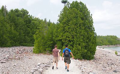 Hiking in Bruce Peninsula National Park in Ontario, Canada. Flickr:chriskay