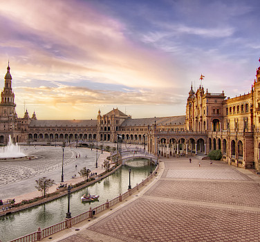 Plaza de Espana in Seville, Spain. Photo via Flickr:Francisco Colinet