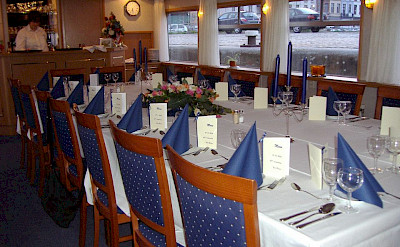 Dining Area - Holland | Bike & Boat Tours