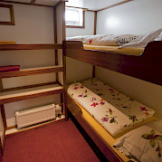 Bunk bed cabin - Anna Antal | Bike & Boat Tours