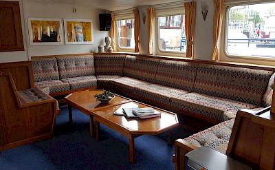 Lounge - Liza Marleen | Bike & Boat Tours