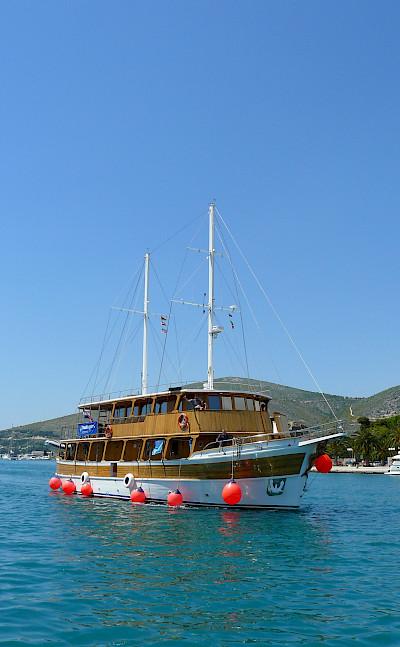 Kapetan Jure | Bike & Boat Tours