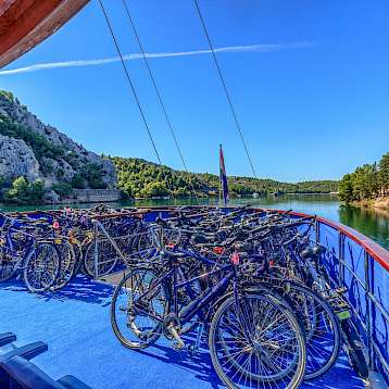 Kapetan Jure - Bicycle storage - Kapetan Jure | Bike & Boat Tours