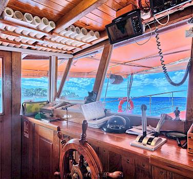 Tarin | Bike & Boat Tours