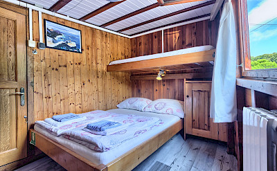 Triple or Double Cabin - Tarin | Bike & Boat Tours