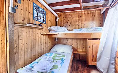 Twin Cabin - Tarin | Bike & Boat Tours
