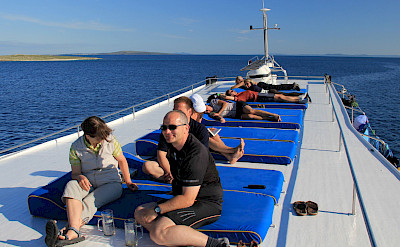 Sun deck - Linda | Bike & Boat Tours