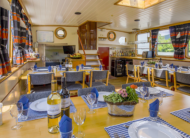 Restaurant - Allure | Bike & Boat Tours