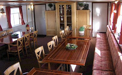 Dining Area - Wending | Bike & Boat Tours