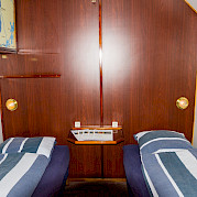 Twin beds cabin - Wending | Bike & Boat Tours