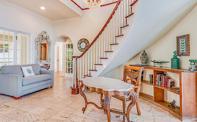 Front St Lahaina Hi Living Room Staircase