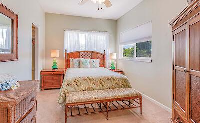 Front St Lahaina Hi Bedroom 3