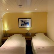 Twin cabin aboard the Merlijn