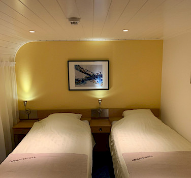 Twin cabin aboard the Merlijn