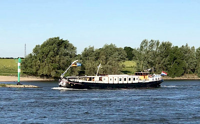 Merlijn on the Rhine River - Bike & Boat Tours