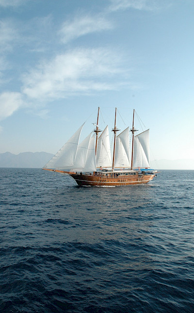 Sailing the waters in Greece | Bahriyeli | Bike & Boat Tours