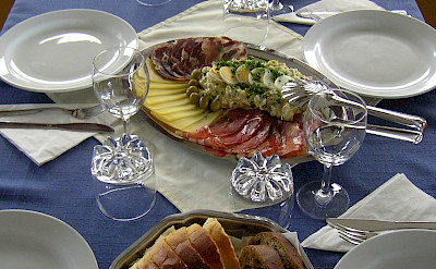 Dining - Romantica | Bike & Boat Tours