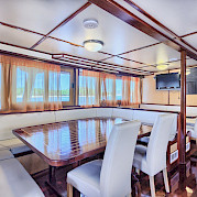 Dining area - San Snova | Bike & Boat Tours