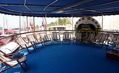 deck coberto - San Snova