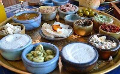 Israeli breakfast. Flickr:Rakbo Team