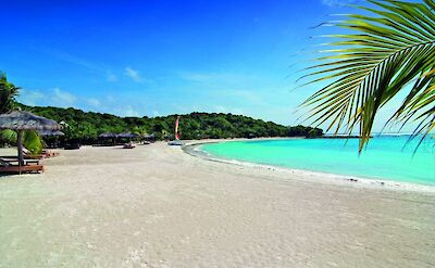 Canouan Estate Shell Beach