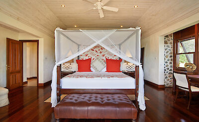 Villa 1 Master Bedroom 1