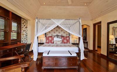 Villa 1 Bedroom 1 1