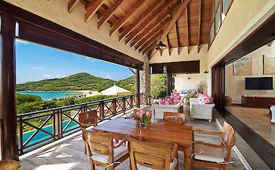 Villa 1 Patio 1