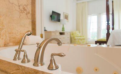 Etoile Bath To Bedroom