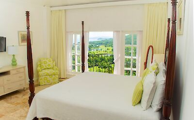 Etoile Bedroom With View