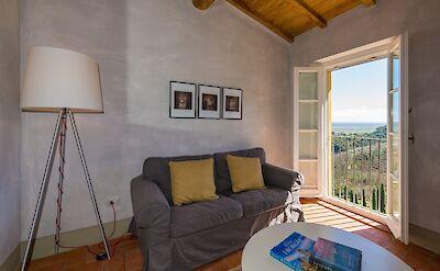 Botticelli Suite Sitting Room