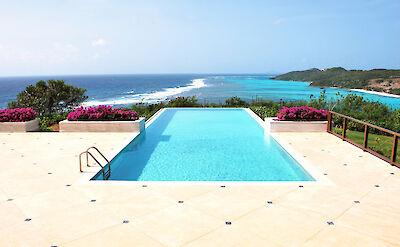 Canouan Estate Residences Pool