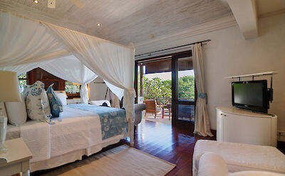 New Shoot Big Blue Ocean Guest Bedroom 6