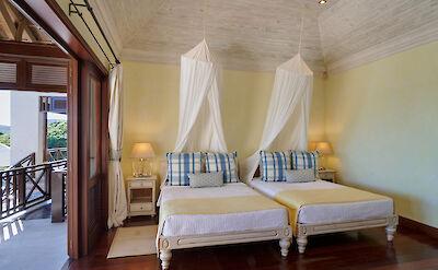 New Shoot Big Blue Ocean Guest Bedroom 4