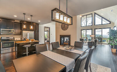 Almond Tree Dining Great Room