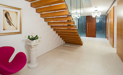 C B E Ol Web Foyerstairs