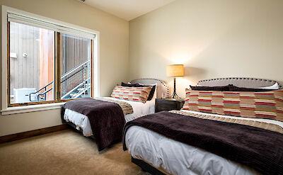 Cas Lower Queen Bedroom 2 Hires