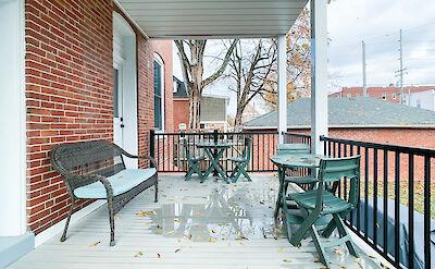 Vacation Rental Downtown Washingont Missouri Scaled