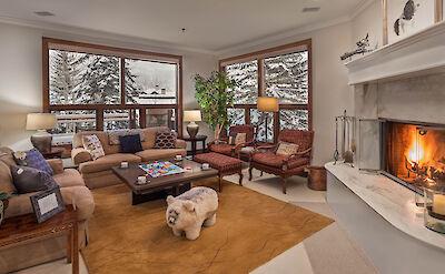 Elk 5 Livingroom