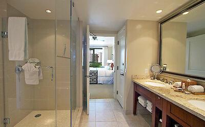 Hk H Bath