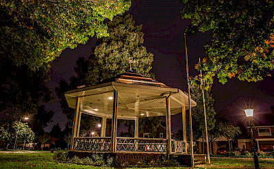 Gazebo in the park outside the townhouse! © Hennie