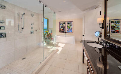 Hk H Bath 1