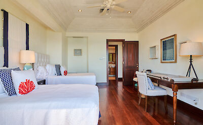 New Shoot Beach House Two Twin Bedded Room 2