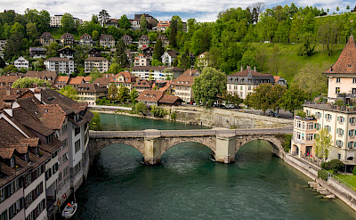 Aare River in Bern, Switzerland. Flickr:Jayphen